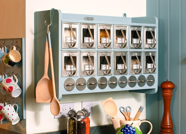 kitchen-cabinets-with-grey-handles