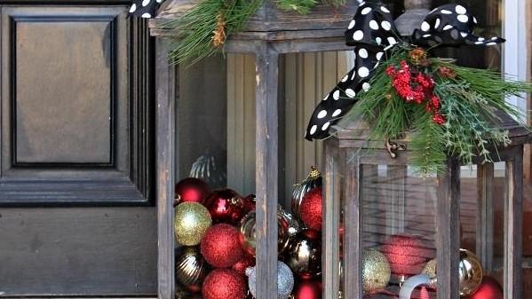 Christmas decorative lanterns
