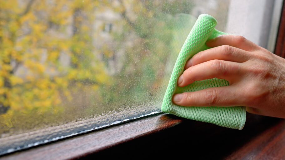 How to remove humidity in a room without dehumidifier
