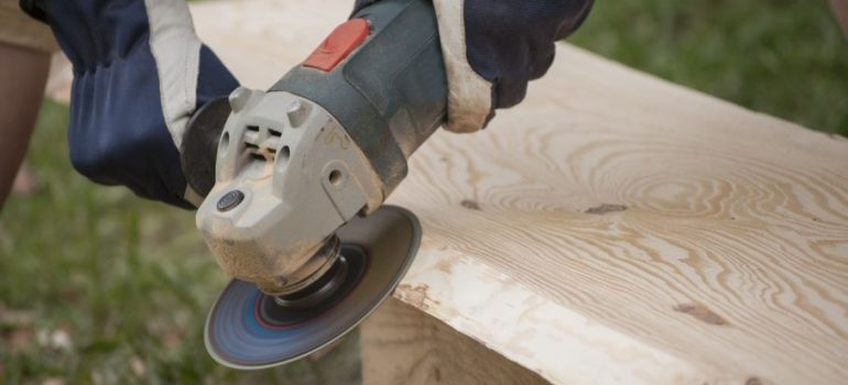 What is an angle grinder.