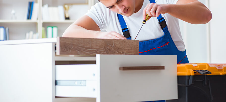 Replacing the original knobs and handles on your cabinets